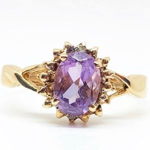 10k Yellow Gold Vintage Amethyst & Diamond Ring